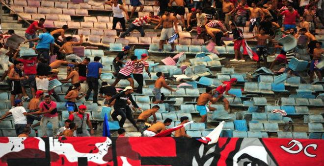 الجامعة التونسية تعاقب جماهير فريق سيدي بوزيد