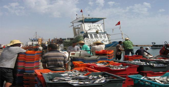 عودة صيادين تونسيين كانوا محتجزين في ليبيا إلى بلادهم