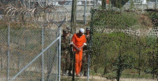محام أمريكي يطلب لقاء أقدم معتقلي