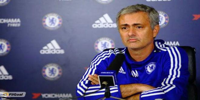 إدارة مانشستر يونايتد ترفض التعاقد مع مورينيو