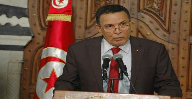 وزير الدفاع التونسي: حل الأزمة الليبية رهين بتشكيل حكومة الوفاق الوطني