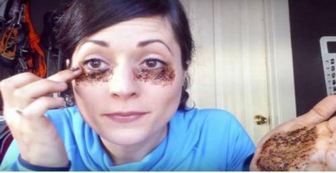 وضعت القهوة تحت عينيها والنتيجة كانت غير متوقعة!!