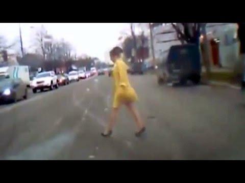 فيديو: حسناء روسية تدفع ثمن جمالها غالياً