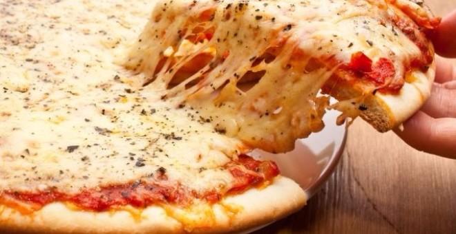 بلدة إيطالية تكافح تلوث الهواء بمنع صنع البيتزا!