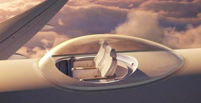 بالصور.. السفر فوق سطح الطائرة أمتع مع تجربة