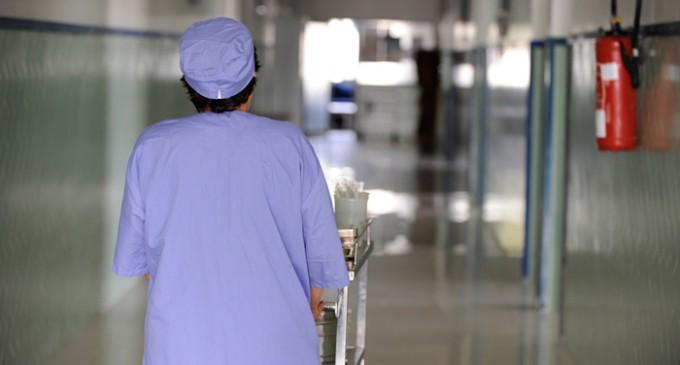بعد الأطباء..الممرضون ينتقدون ''خطة'' الوردي