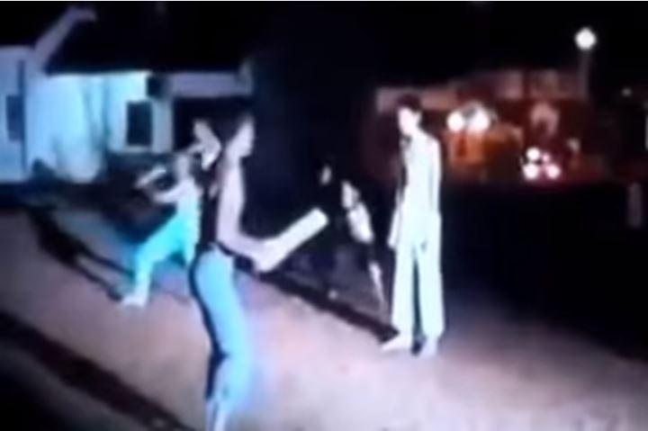 فيديو: ساحر يتحدى أي شخص أن يطعنه فتحداه مسلم.. فكانت المفاجأة التي أذهلت الجمهور