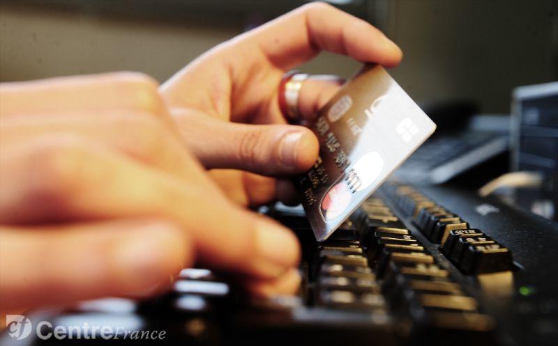 المغاربة يقبلون أكثر على استعمال البطاقات البنكية