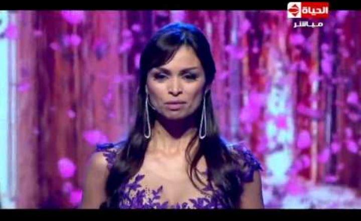 فيديو: المتسابقة المغربية التي أبكت لجنة تحكيم