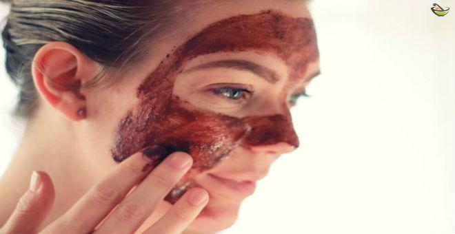 جربي القهوة و الكاكاو لتنظيف بشرتك..وستذهلك النتيجة!