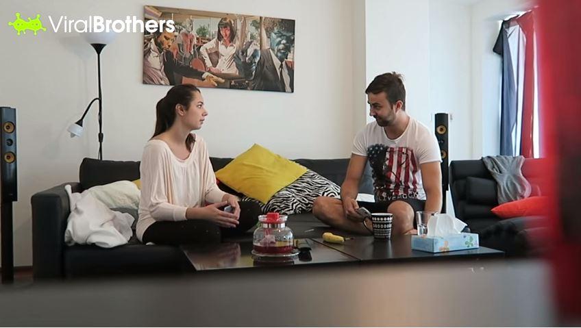 فيديو : أرادت أن تمازح حبيبها بخبر حملها فحدث مالم تكن تتوقعه