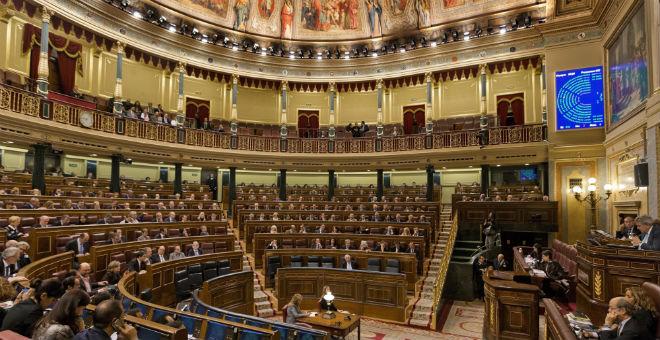 افتتاح البرلمان الإسباني على إيقاع خارطة سياسية مبلقنة