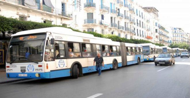 الجزائر..موجة الزيادات في الأسعار تطال تسعيرة النقل