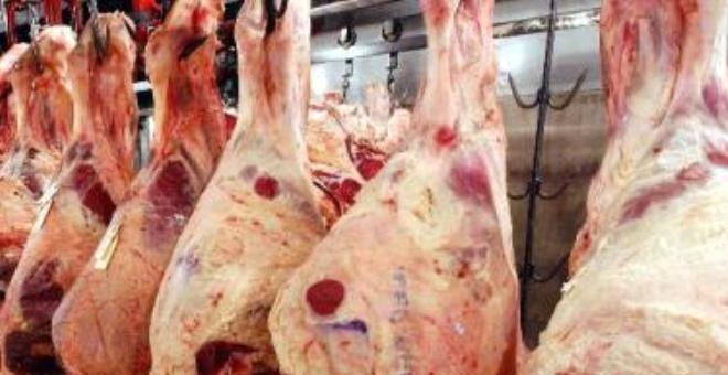 وزارة الفلاحة المغربية تمنع الأختام الخضراء للحوم بسبب مخاطرها الصحية