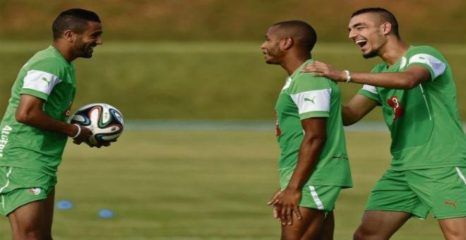 قرار من الفيفا يعقد مهمة مدرب الأولمبي الجزائري !