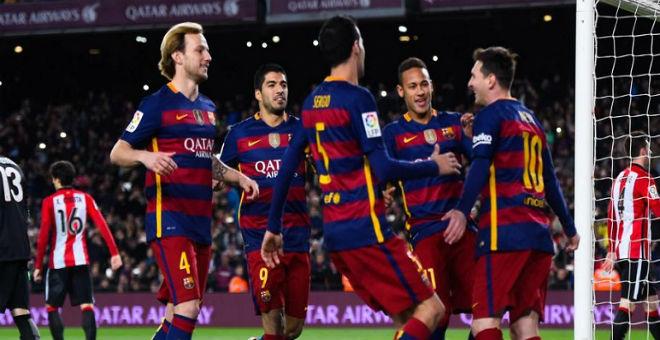 بالفيديو. برشلونة يهزم أتليتيكو مدريد وينفرد بصدارة الليغا