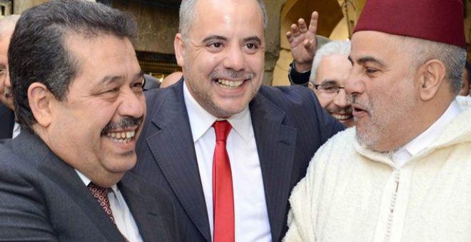 بعد إحراق صورته ..لسان حزب الاستقلال يتضامن مع بنكيران ويدافع عنه
