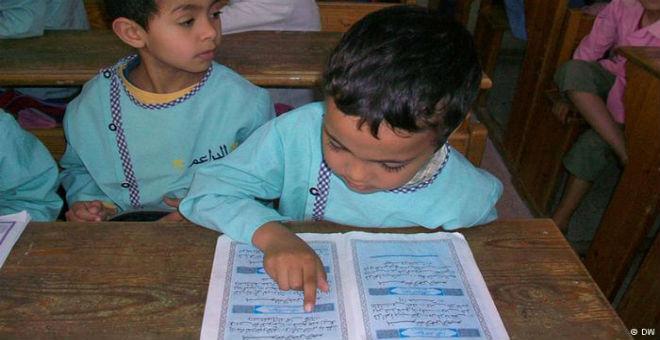 تونس..اتهامات بنشر التطرف قد تقود لغلق المدارس القرآنية