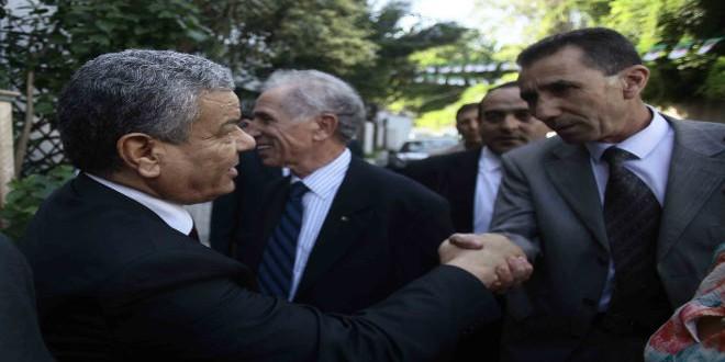 """عمار سعداني، زعيم """"الأفالان""""، خلال مشاروات مع حزب """"جبهة القوى الاشتراكية"""""""