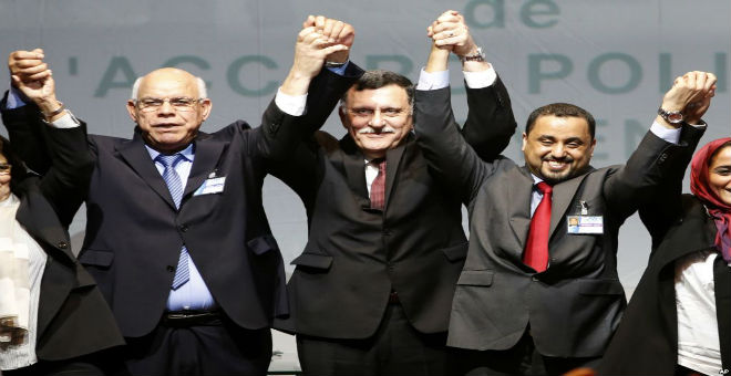 البرلمان الليبي يستدعي السراج قبل التصويت على تشكيلة حكومته