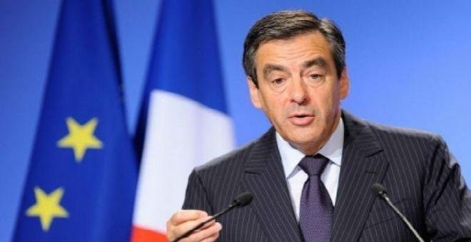 رئيس الوزراء الفرنسي السابق يدعو لرفع العقوبات على روسيا