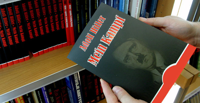 نجاح كبير يلاقيه كتاب هتلر