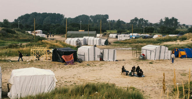 الشرطة الفرنسية تستعد لإخلاء مخيم اللاجئين بغابة كالي