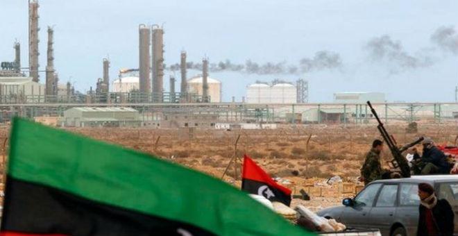 ليبيا..حرس المنشآت النفطية يسيطر على حرائق