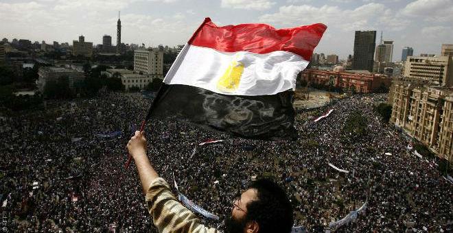 25 يناير..متى تبدأ الثورة ومتى تنتهي؟