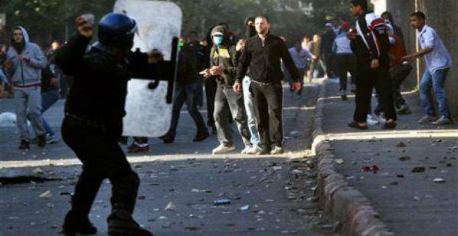 عودة الاحتجاجات الاجتماعية إلى الجزائر..اضطرابات في باتنة وسطيف