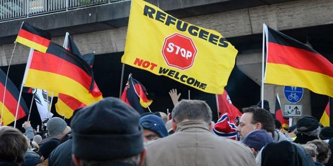 """مظاهرة مناوئة للاجئين بألمانيا """"أرشيف"""""""