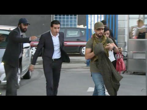 فيديو: الكامرا الخفية .. عندما يمنع حارس أمن الفنان الدوزي من دخول القناة الثانية