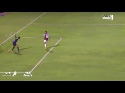 بالفيديو.. أغبى حارس في الدوري السعودي