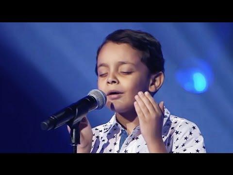 أحمد السيسي الذي أبهر لجنة التحكيم بدون أسنان