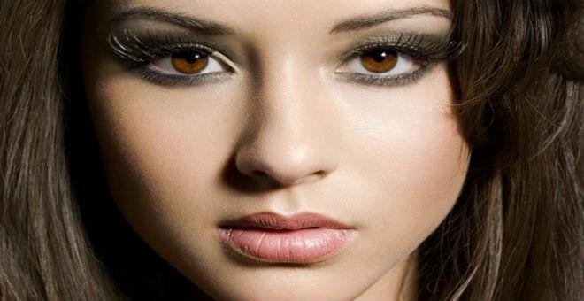 كيف تطبقين الماكياج المناسب للعيون البنية؟