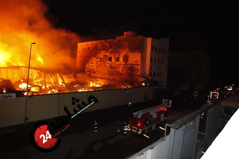 فاجعة.. النيران تلتهم مصانع الحي الصناعي بالبيضاء