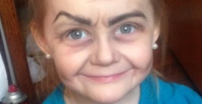 طفلة تتحول لنجمة على تويتر بماكياج خالتها