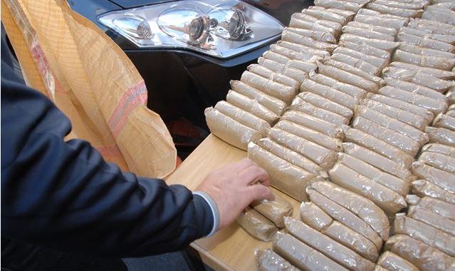 تفكيك شبكة إجرامية خطيرة مختصة في التهريب الدولي للمخدرات