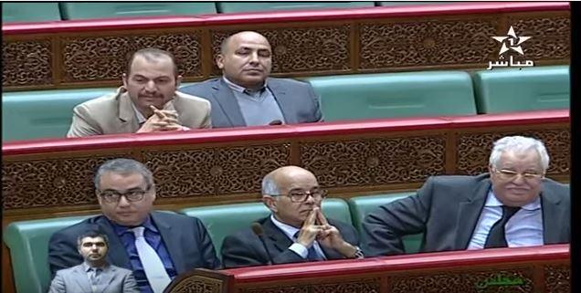 وزير مغربي يزف للأساتذة المتدربين خبرا سارا!