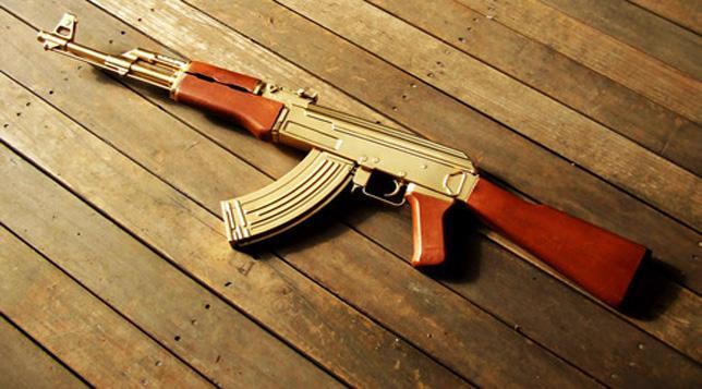 استنفار أمني بميناء طنجة المتوسطي بسبب رصاصات الكلاشينكوف