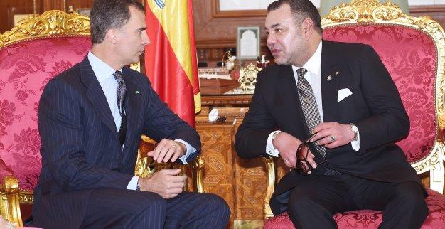 """الملك محمد السادس يهنئ ملك إسبانيا بعيد ميلاده و يصفه بـ""""الصديق الكبير"""""""