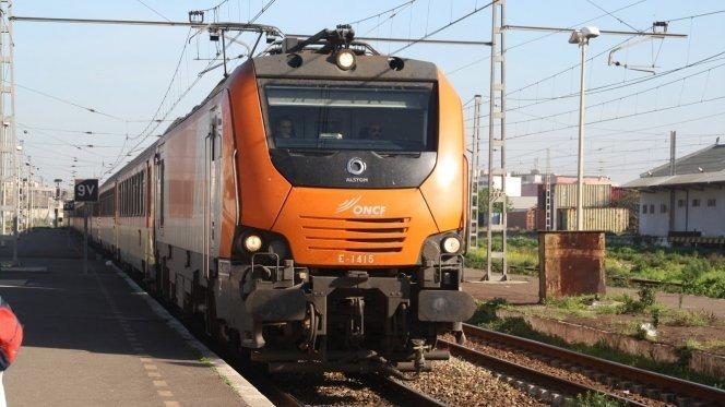 المغاربة يستقبلون أولى أيام 2016 بزيادة في أسعار تذاكر القطارات
