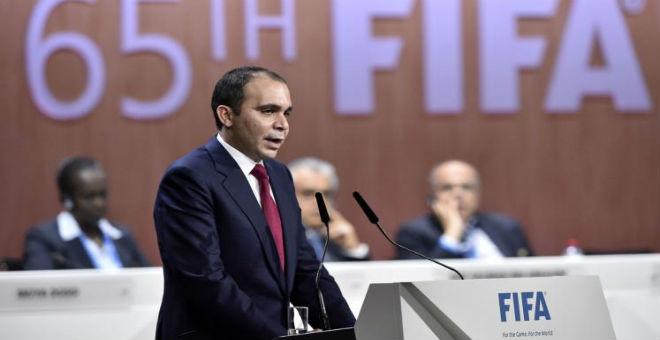 الأمير علي يطالب بتأجيل انتخابات الفيفا