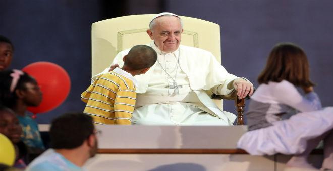الفاتيكان منقسم على نفسه بشأن الفضائح الجنسية للقساوسة