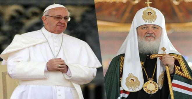 البابا فرانسيس وبطريرك الكنيسة الأرثوذوكسية يلتقيان في كوبا