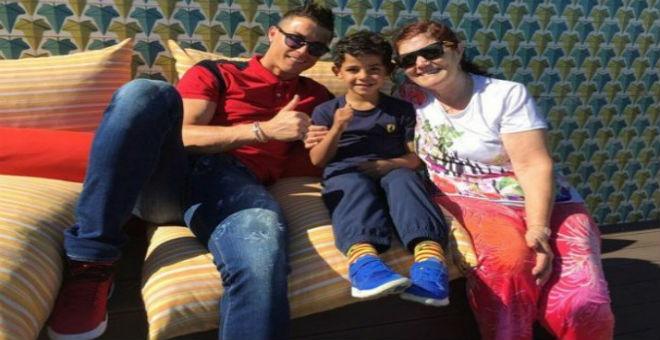 رونالدو يغادر مراكش ويشكر المغاربة على حسن الضيافة