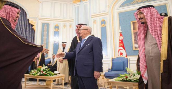 كيف وجه السبسي دفة الدبلوماسية التونسية نحو الرياض؟