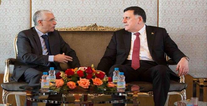 السراج بالمغرب لاستئناف مشاورات تشكيل حكومة الوفاق الليبية