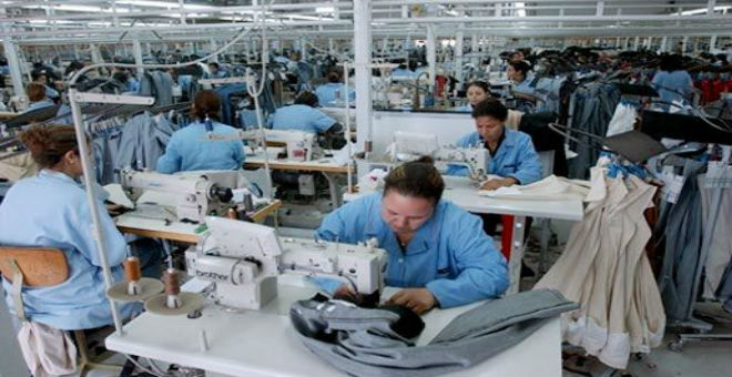 قطاع النسيج التونسي يفقد 40 ألف منصب شغل