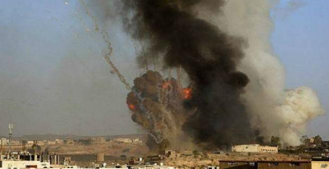قتلى في تفجير انتحاري استهدف معسكراً للتحالف العربي في اليمن